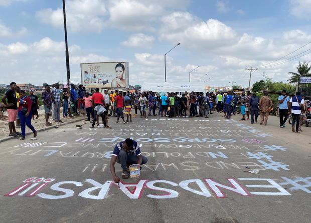 #DIÁSPORA: Protestos pelo fim da brutalidade policial terminam em massacre na Nigéria